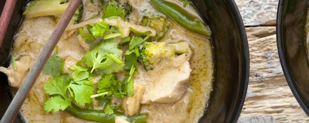 Thai Spiced Chicken Broth with Cauliflower Rice