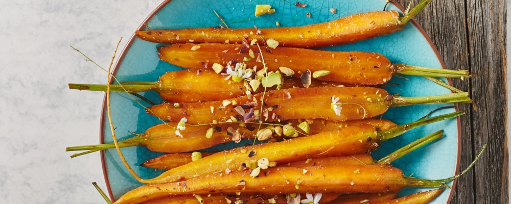 Harissa and Maple Syrup Roasted Carrots with Pistachios