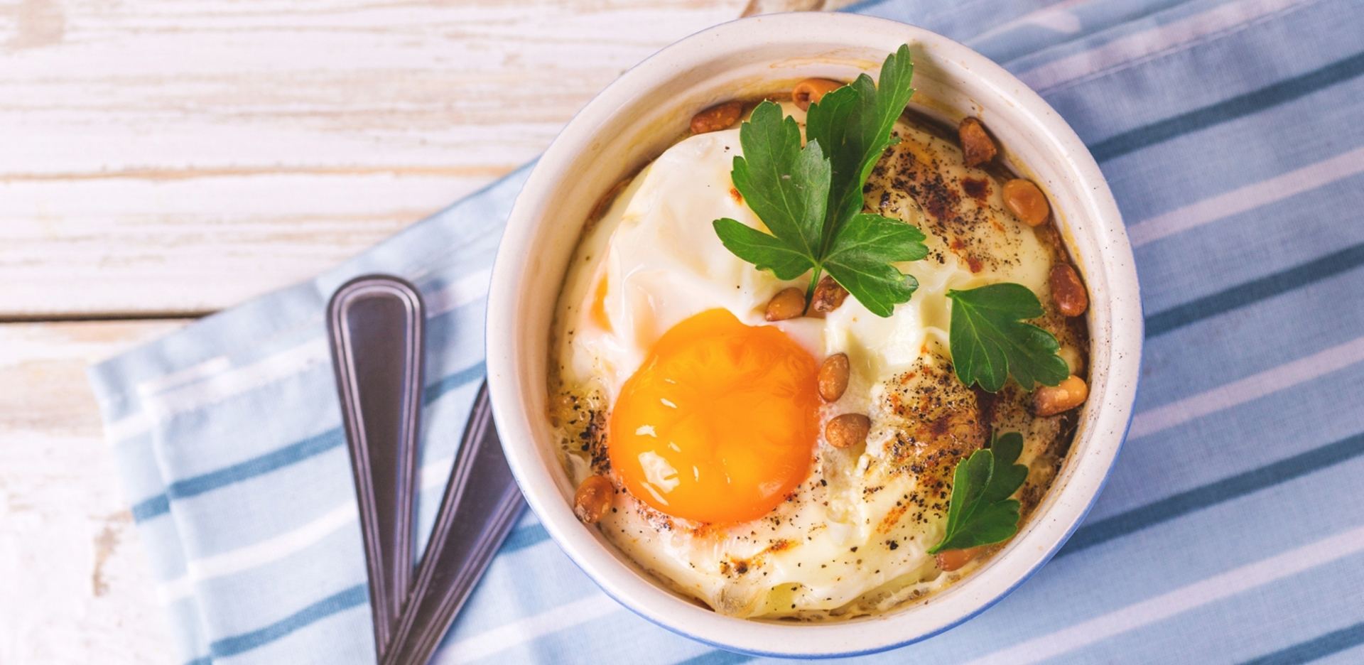 Cocotte Eggs with Kale and Corned Beef